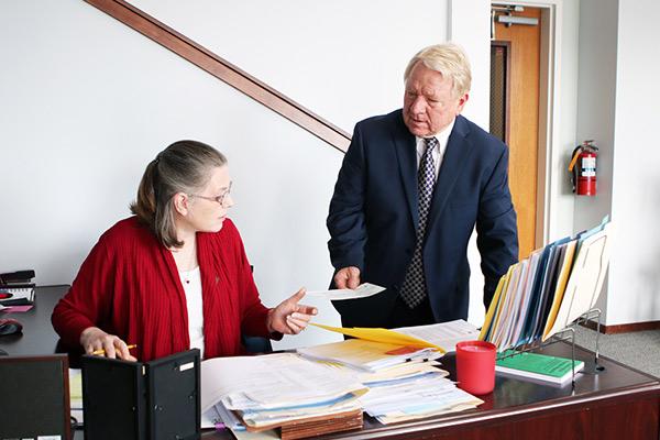 Ron Templeton At His Paralegal Desk